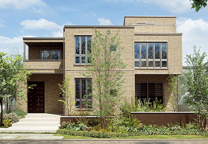 日本発のユニット工法を採用した鉄骨系住宅「ハイムシリーズ」の一つ。高層ビル建築にも使われる原理を構造に応用している。