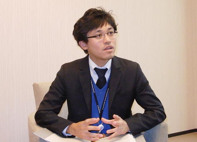NTTデータ 第一公共システム事業本部 市場開拓室 里田 有毅 様